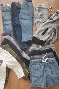 LOT of toddler clothes!!